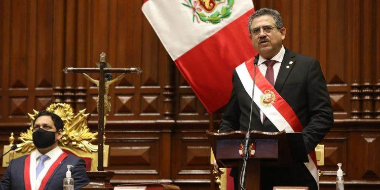 Manuel Merino de Lama, es el tercer presidente de la República en menos de 5 años.