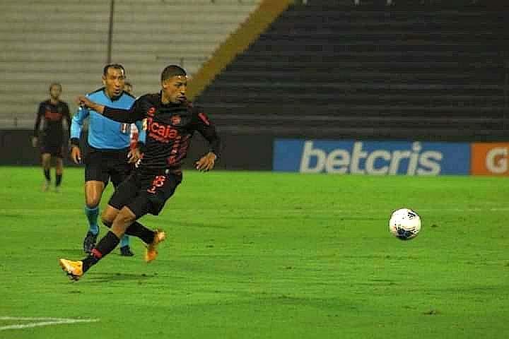 Otro de los jugadores jóvenes que tuvo la oportunidad y respaldo de Valencia, fue Michael Rasmussen.