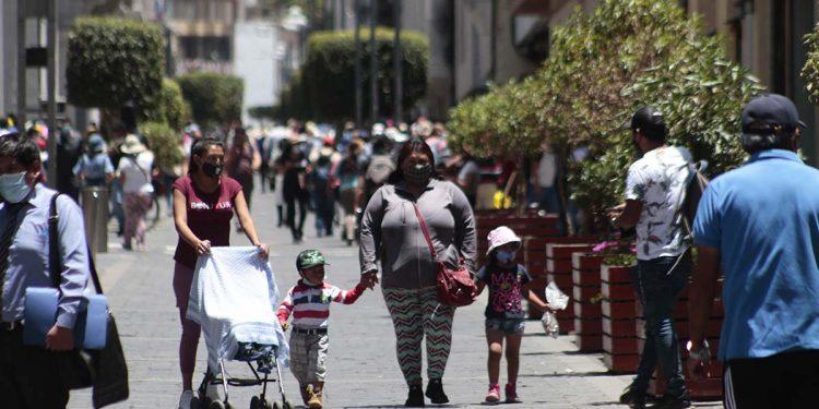 Los niños, sin querer, propagan el virus y crean nueva alerta sanitaria en Arequipa.