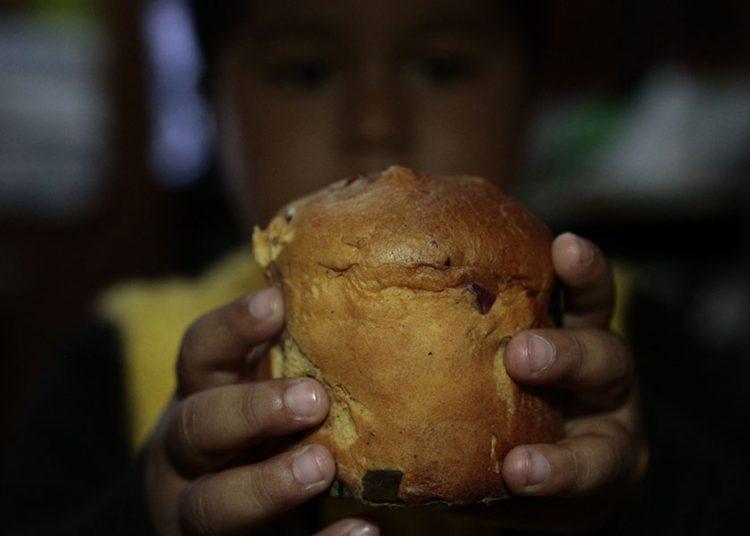 Para los niños no hay Navidad sin panetón, pero los adultos sí deben moderar su consumo.