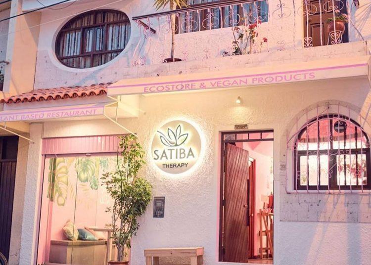 La calle Cerrito San Vicente alberga el confortable local de Satiba.