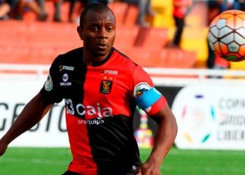 El exzaguero central, defendió la camiseta rojinegra de 2014 al 2017, siendo campeón nacional en 2015.