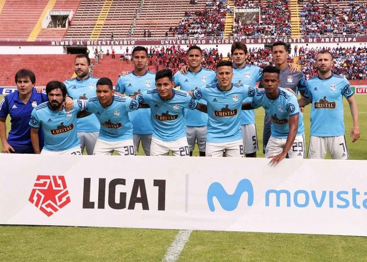 Sporting Cristal es el vigente campeón del fútbol  y se ubica en el puesto 35 como el mejor equipo peruano según el ranking de la CONMEBOL.