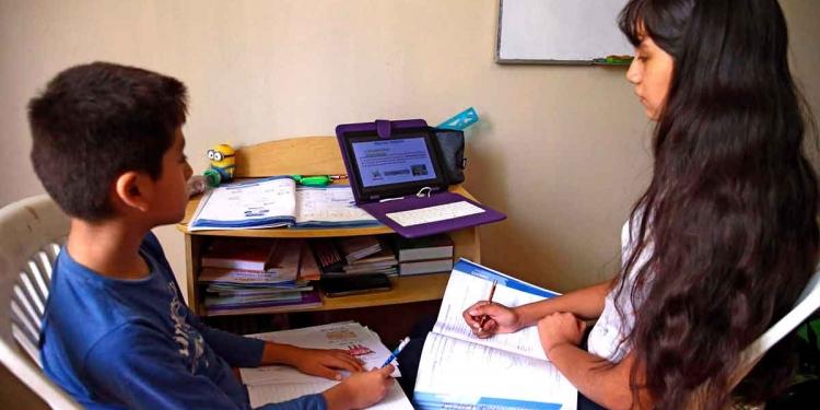 La mayoría de estudiantes de colegios privados, medianos y pequeños, iniciarían labores virtuales el 15 de marzo.