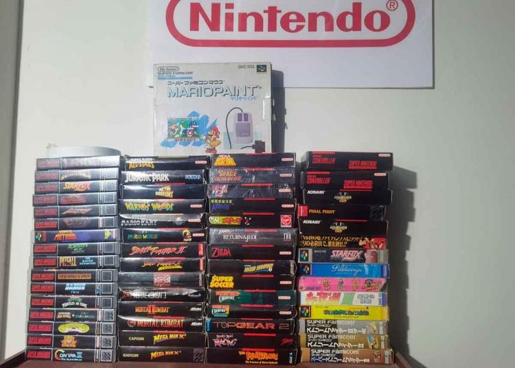 Logró juntar más de 2 500 juegos, que ahora forman parte de su colección.