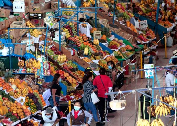 El abastecimiento de alimentos se vería afectado por la medida de fuerza del gremio de transportes.