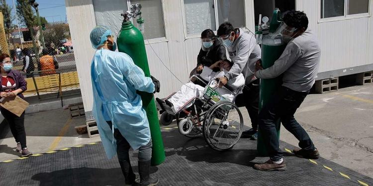 Escenas dramáticas se viven todos los días en los hospitales de la ciudad.