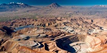 El futuro económico de Arequipa no puede desligarse de este sector extractivo.