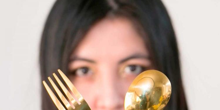 El apelativo de 'cuchara maldita' se lo puso su mamá, por lo exigente que es a la hora de calificar un plato.