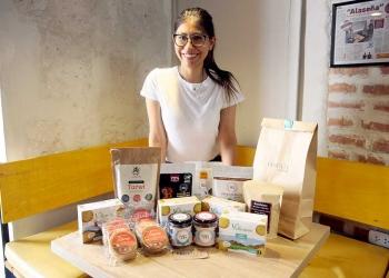 Hace un año Luisa empezó a ofrecer los productos que ella consumía.