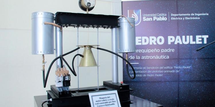 El motor cohete de Pedro Paulet, usó la tecnología que llevó al hombre a la luna.