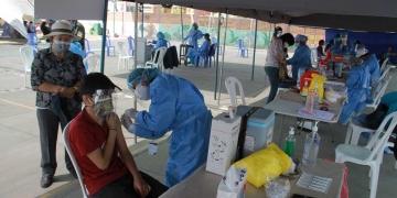 La vacunación de adolescentes tuvo buena acogida y repercutirá en el retorno a las aulas escolares.