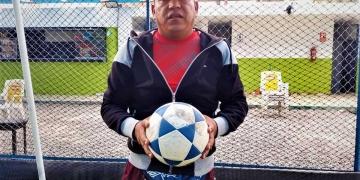 El exjugador asegura que aprendió de los errores. Ahora se dedica a la formación de niños y jóvenes en su escuela de fútbol.